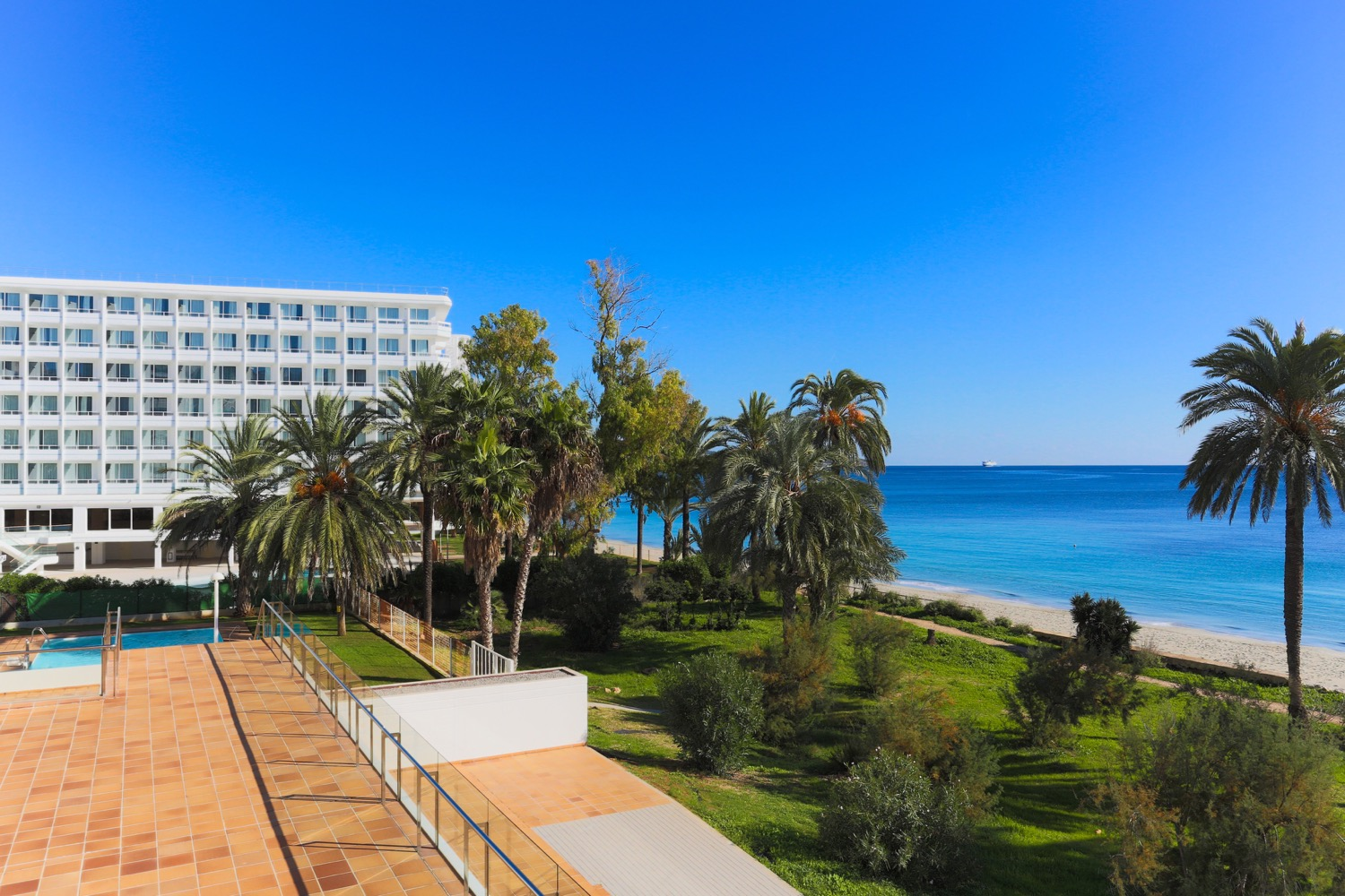 Modern 2 bedroom seafront apartment for sale in Ibiza