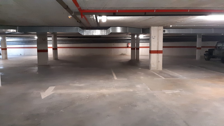 Lote de 30 plazas de aparcamiento en venta en zona residencial y comercial Ibiza - excelente oportunidad de inversión