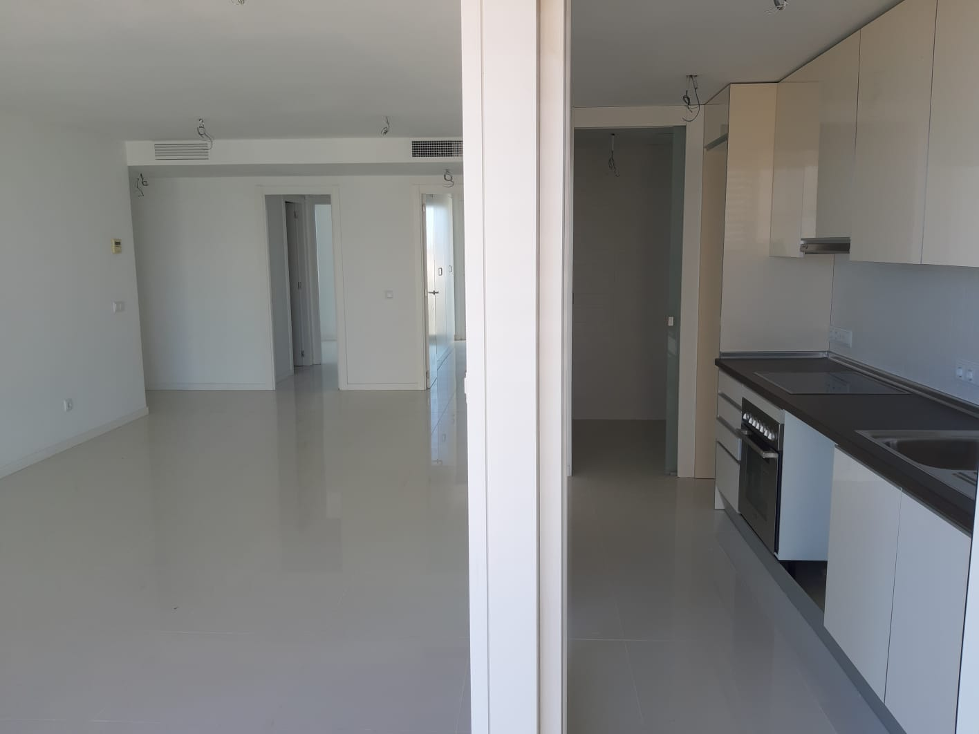 伊维萨岛的海景公寓出售
