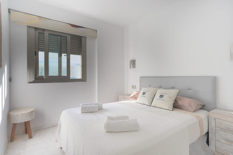 Impresionante ático dúplex de lujo en la exclusiva residencia Royal Beach en Playa d'en Bossa