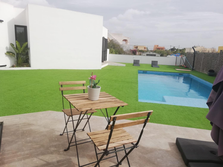 Moderno chalet independiente con piscina en Sant Jordi de Ses Salines